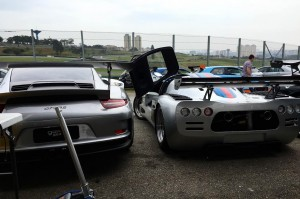 Ultima GTR e Porsche GT3 RS